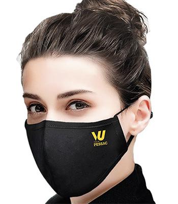 personne avec un masque de protection